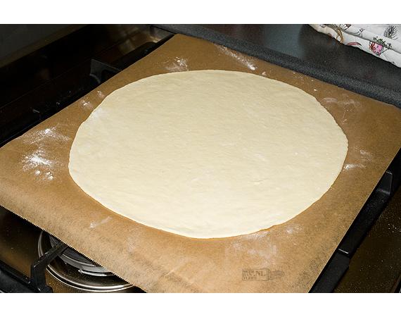 pizza prosciutto bereiden 2