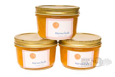 sinaasapppelmarmelade in pot
