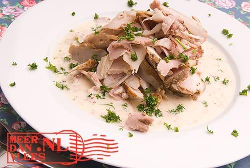 Gevulde varkensbuik, koud geserveerd