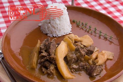 Moschari me kydonia – Grieks stoofvlees met kweepeer