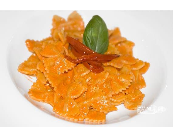 Pasta met paprikacrème