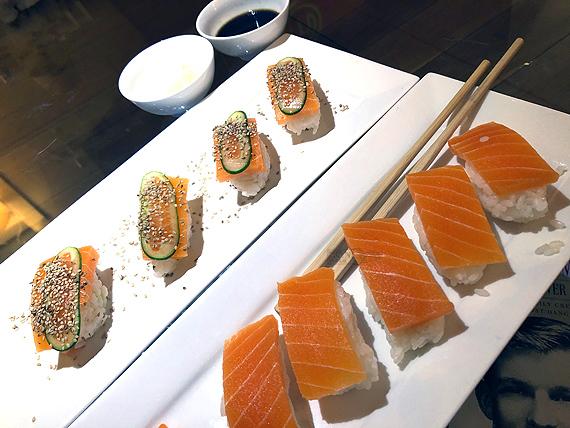 Sushi van vegan zalm en/of tonijn