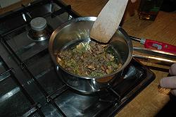 Kwartels met honing, gevuld met eekhoorntjesbrood en kastanjes