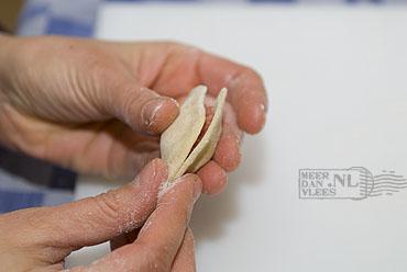 Pelmeni of pirogi