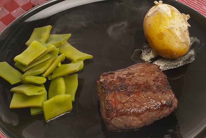 Steak met mascarpone-aardappel en snijbonen