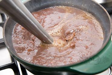 Iberico varkenswang in rode wijn