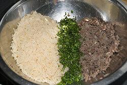 Dolma's – met rijst gevulde wijnbladeren