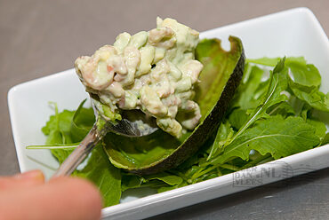 Salade avocado en garnalen