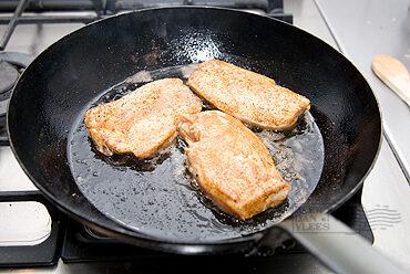 Kipfilet met champignonroomsaus en stoofgroenten