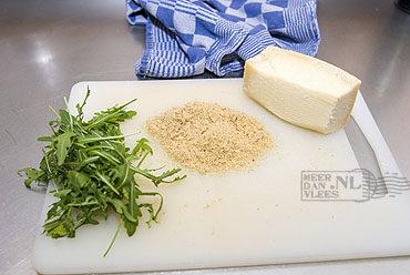 Pasta met rucola en crème van walnoten