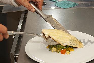 Gesauteerde filet van witvis met gerookte zalm in saffraansaus