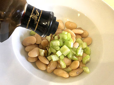 Witte limabonen op zijn Italiaans